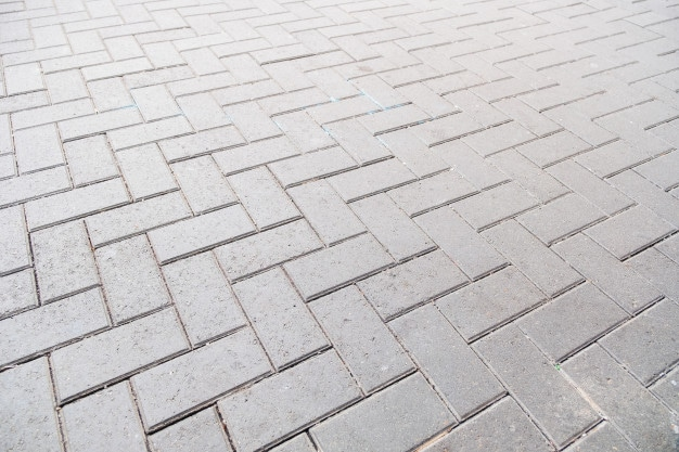 Pros and Cons of Installing a Concrete Driveway