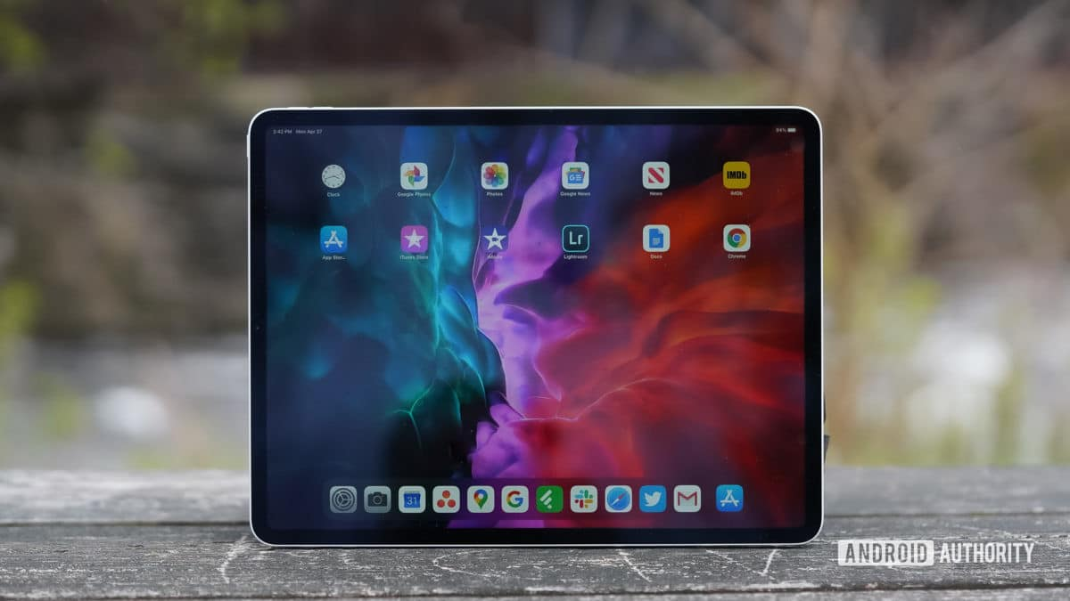 Apple iPad Pro 2020 front view.