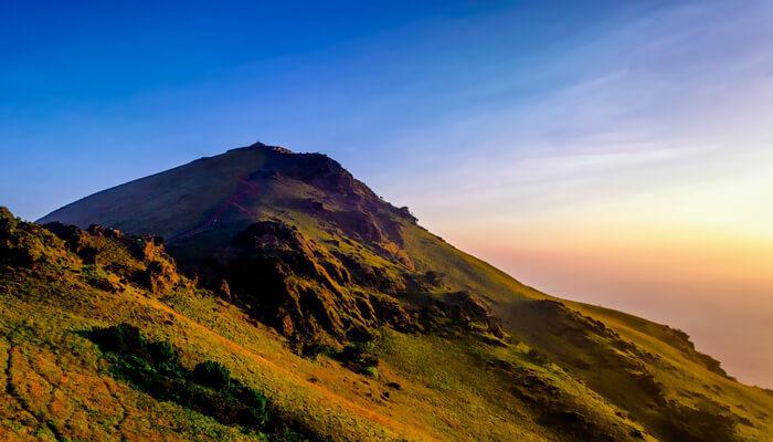 high peak in chikmagalur