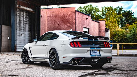 2020-Ford-Mustang-Shelby-GT350-Legacy Edition-2