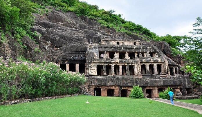 Introduce the Antavalli caves