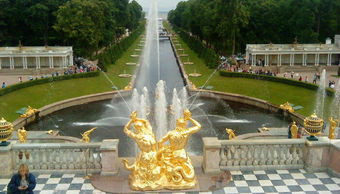 Fountains of Peterh, Russia