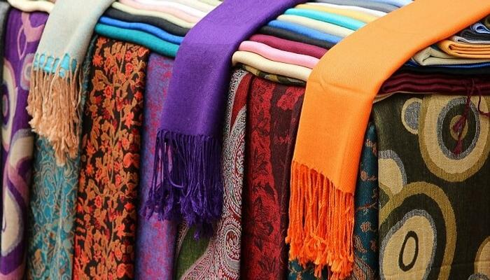 Pashmina Shawls And Woollens