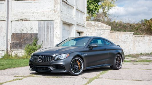 2020-Mercedes AMG-C63-S-Coupe-1