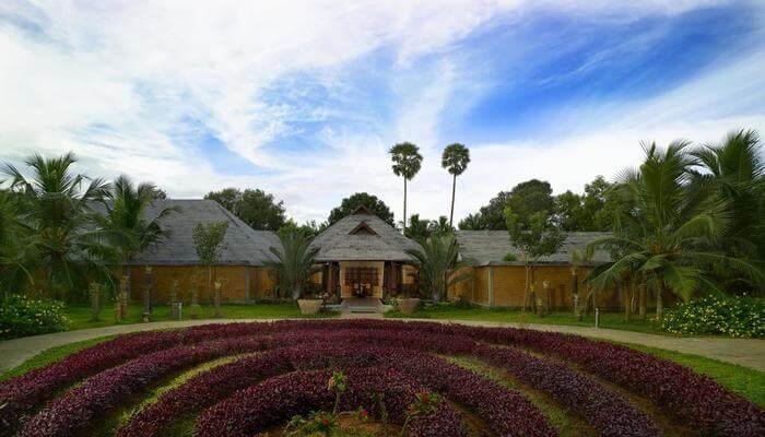 Floating Cottage by Poovar Island Resort