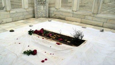 Aurangzeb's Tomb