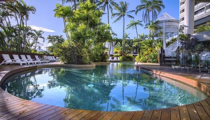 Rydges Esplanade Resort
