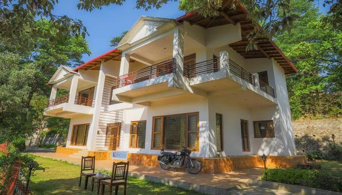 Colonel's Villa