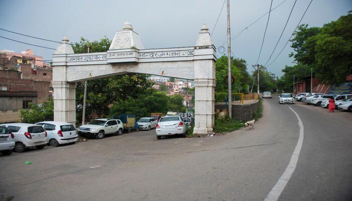 Peer Kho Cave Temple