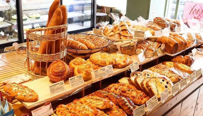 Q Le Baker