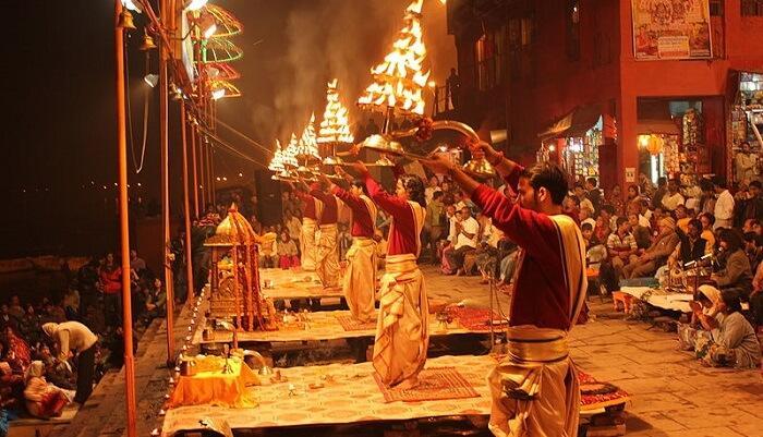 Very famous Ganga Aarti in Rishikesh