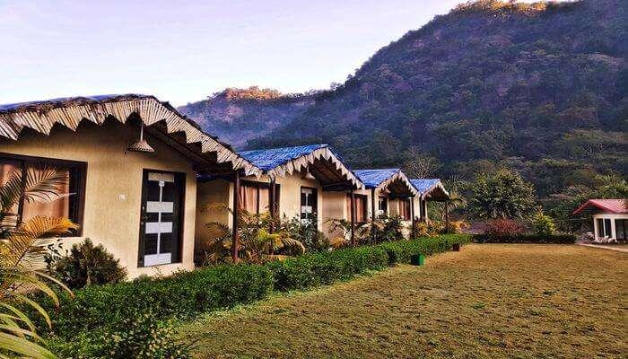 Villas in Rishikesh: Garuda Chatti River Resort