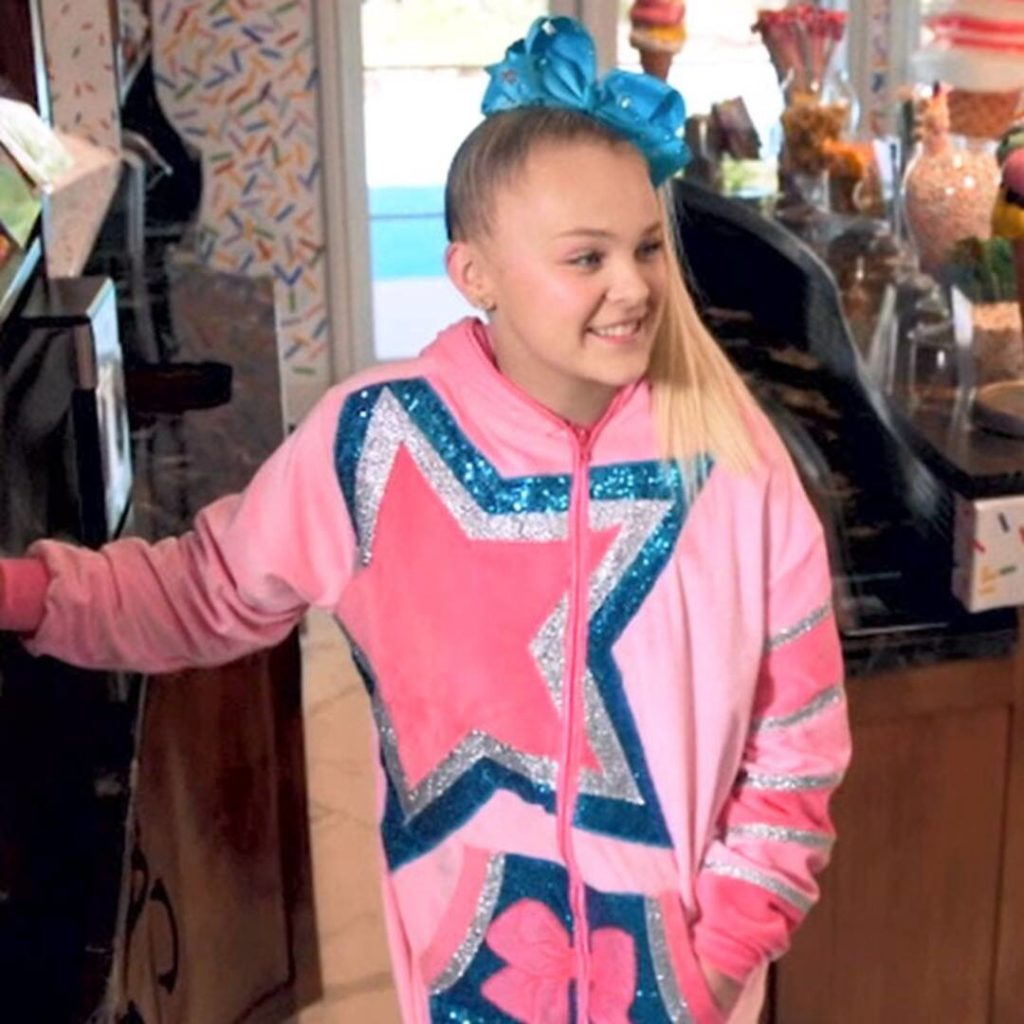 See JoJo Siwa Show Off Her Rapping Skills With a Hamilton Song