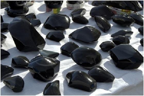 Current Trends in Black Gemstones