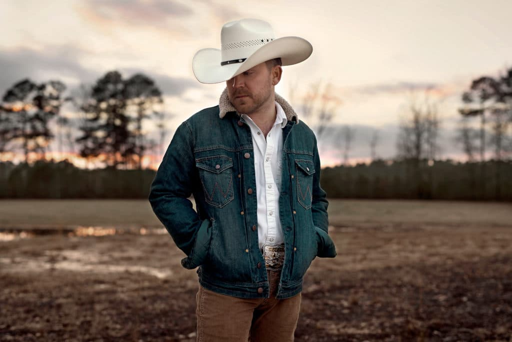 Justin Moore Sings Country Songs About Small Towns